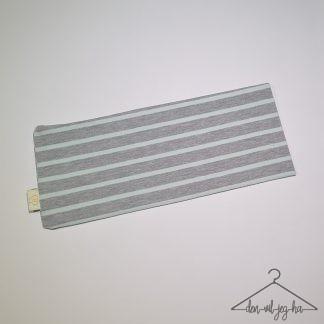 Stripete grå og lysegrønn